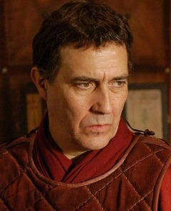 IMAGE(http://www.nndb.com/people/028/000161542/ciaran-hinds-2-sized.jpg)