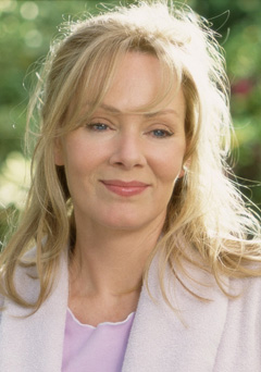 Photo of the cool fun  Jean Smart from Seattle, Washington, United States without makeup