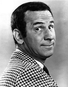Max La Menace ( = Get Smart) (1965-1969) Don-adams-3-sized