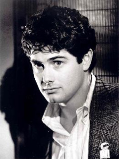 zach galligan married