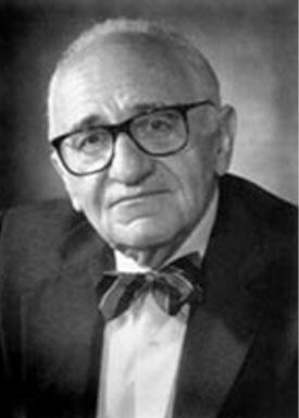 """Murray Rothbard, autor de """"A Ética da Liberdade"""" e fundador da tradição anarco-capitalista."""