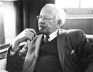 William L Shirer