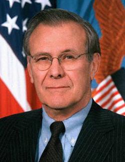 Em memórias, Donald Rumsfeld diz não se arrepender por Guerra do Iraque