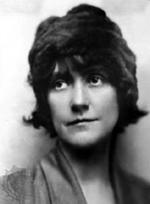 an analysis of characterization in a wagner matinee by willa cather Immediately download the willa cather summary, chapter-by-chapter analysis, book notes, essays, quotes, character descriptions, lesson plans, and more - everything you need for studying or.