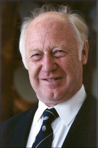 a description of smith michael in british born canadian biochemist and nobel prize winner Updated june 18 2013 frequently used references are abbreviated: random house webster's dictionary of scientists random house 1997: rhwd to add: norman shealy.