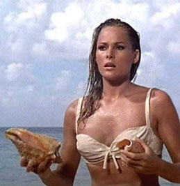 La Andress in Dr. No