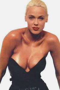 Brigitte nielsen lesbian video